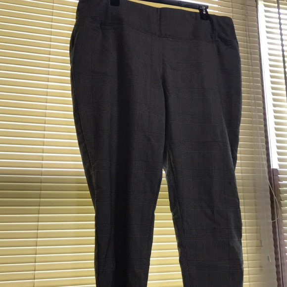Plus size dress pants Worthington 24w